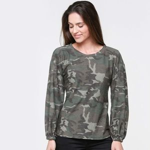 DownEast Camo Top Sz Medium